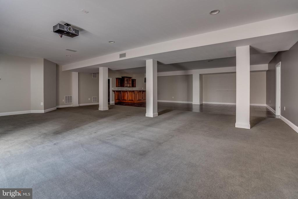 Open Basement With Bar - 22441 BEAVERDAM DR, ASHBURN