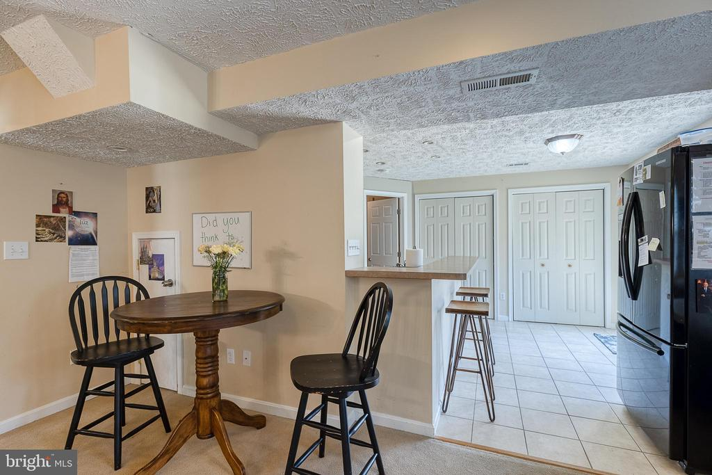 with room for a game table - 3 LEGAL CT, STAFFORD