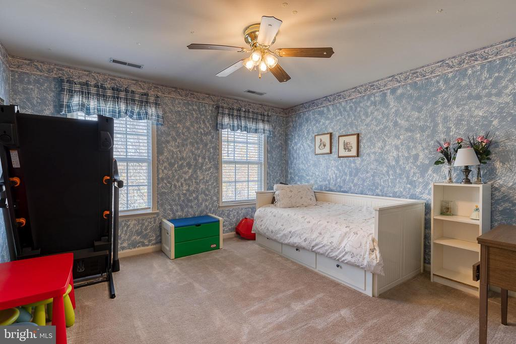 4th bedroom - 3 LEGAL CT, STAFFORD
