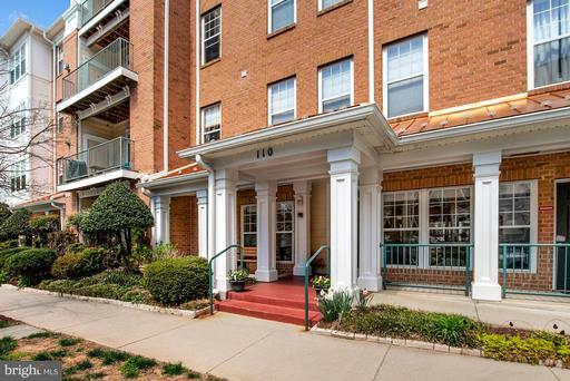 110 CHEVY CHASE ST #305