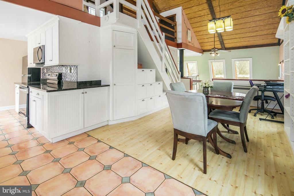 Granite and stainless - 15 SUNNY WAY, THURMONT