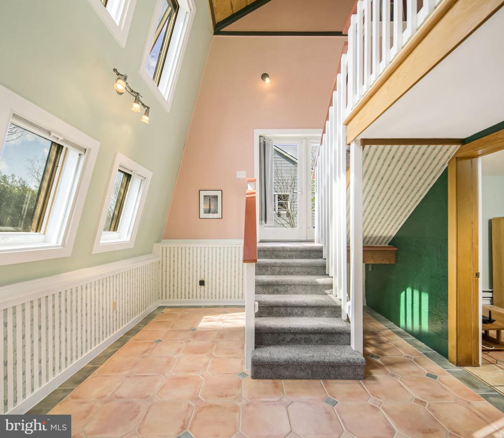 the lower level has beautiful Spanish tile - 15 SUNNY WAY, THURMONT