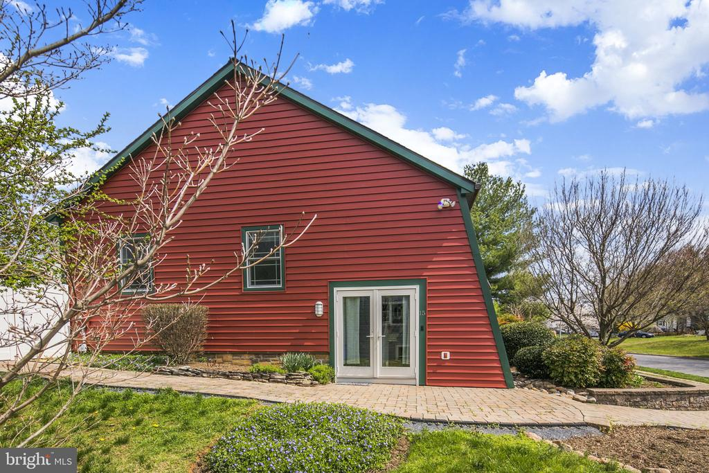 Call this house your home. - 15 SUNNY WAY, THURMONT