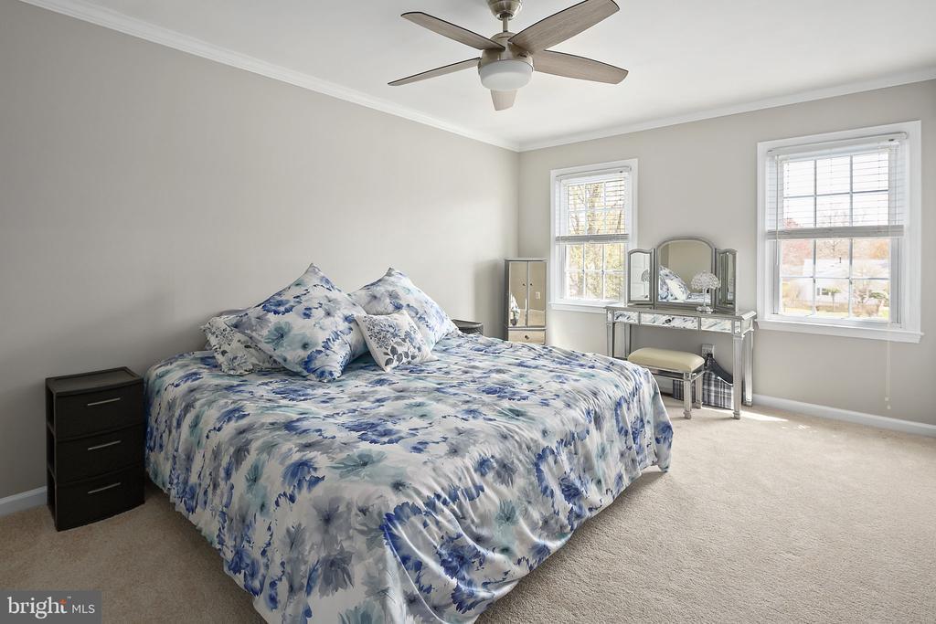 Primary bedroom suite - 9611 GLENARM CT, BURKE