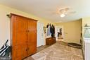 12 x 20 laundry room/mud room - 35951 ASHBY FARM CIR, HILLSBORO
