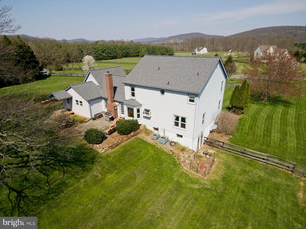 - 35951 ASHBY FARM CIR, HILLSBORO