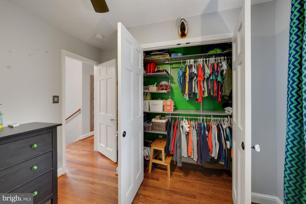 Large Closets Throughout - 1500 N KENILWORTH ST, ARLINGTON