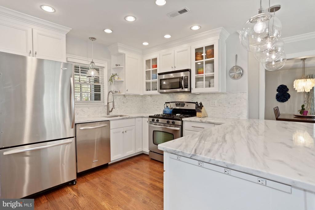 Renovated Kitchen - 1500 N KENILWORTH ST, ARLINGTON
