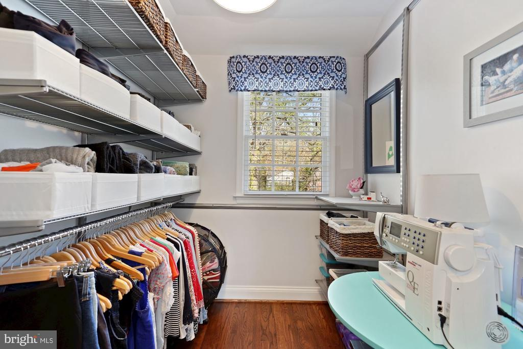 Walk-in Closet #1 - 1500 N KENILWORTH ST, ARLINGTON