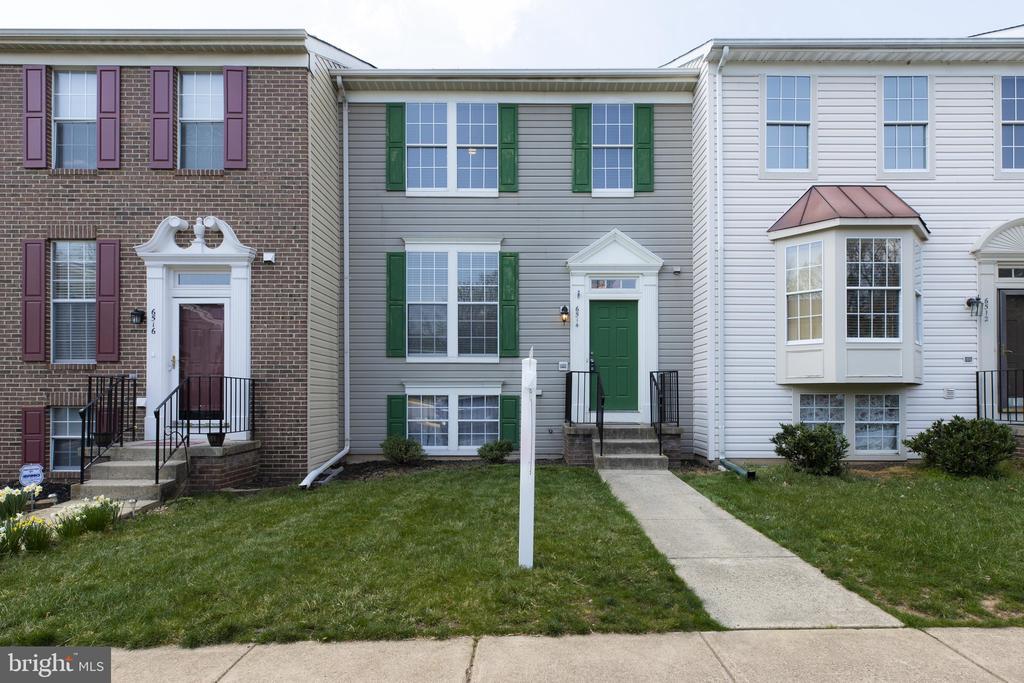 Front House - 6514 SHARPS DR, CENTREVILLE