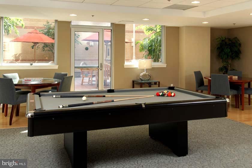 Pool Table - Rec room - 1020 N HIGHLAND ST #223, ARLINGTON