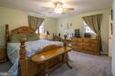 Primary bedroom with separate bath.  13 x 13 - 463 HARTWOOD RD, FREDERICKSBURG