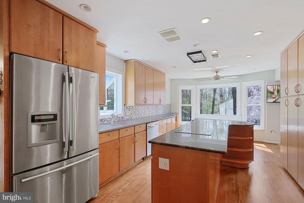 Hardwood floors - 11935 RIDERS LN, RESTON
