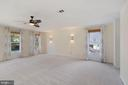 Wow!   Massive master suite w/walk in closets - 11935 RIDERS LN, RESTON