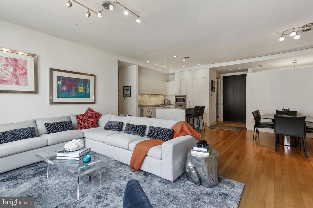 Spacious open living area - 1177 22ND ST NW #4G, WASHINGTON