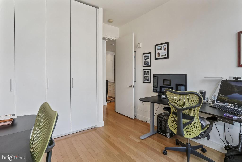 Second bedroom features ample closet space - 1177 22ND ST NW #4G, WASHINGTON