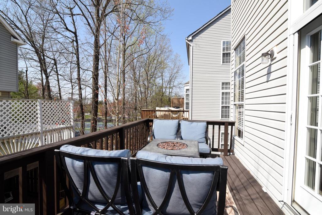 Enjoy Relaxing on Your Deck. - 47641 WEATHERBURN TER, STERLING
