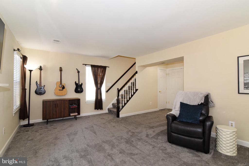 Lower Level Has Space to Watch TV, Play Games. - 47641 WEATHERBURN TER, STERLING