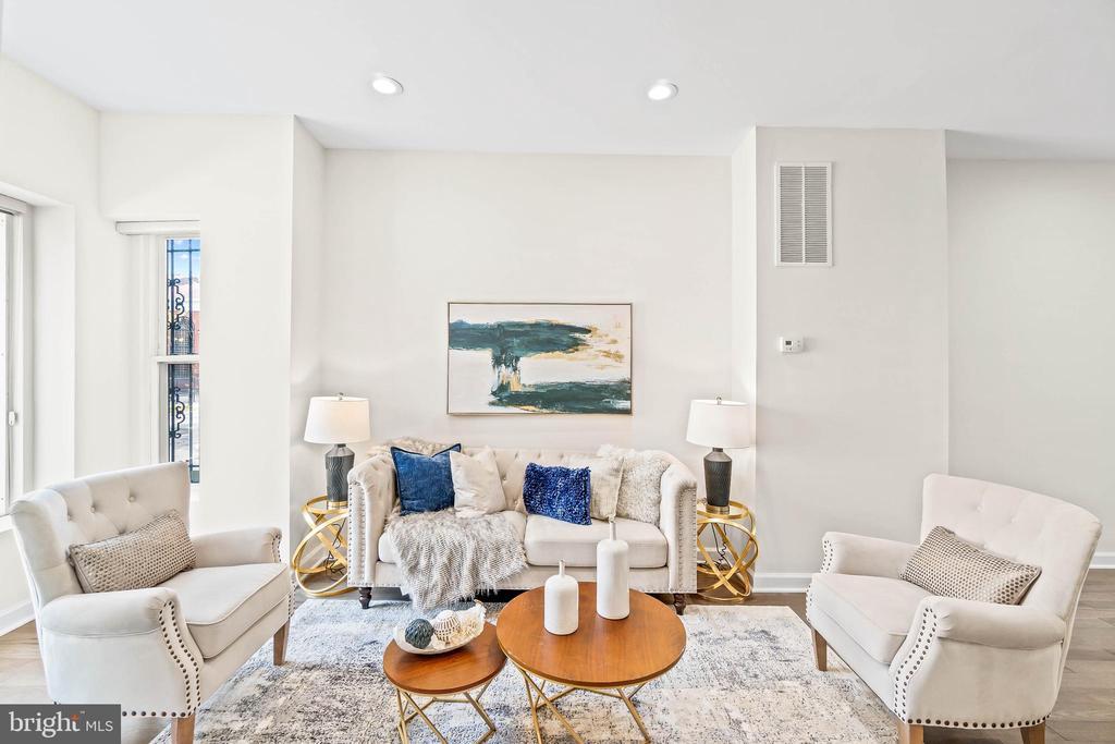 Front Living Room - 1003 FLORIDA AVE NE, WASHINGTON