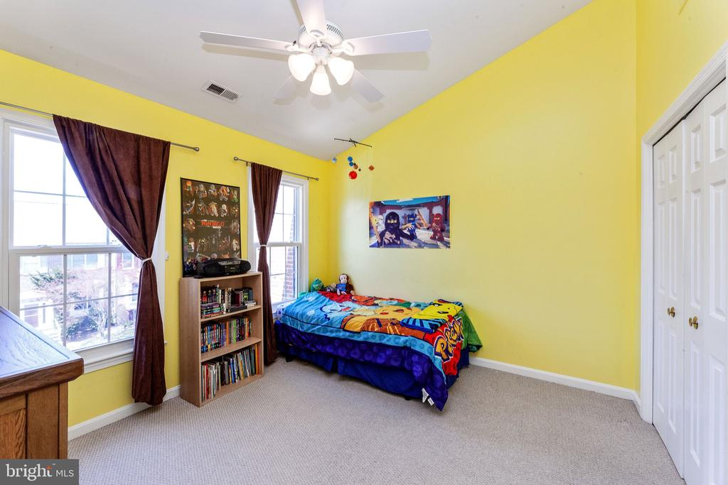 Third bedroom - 6407 BRASS BUTTON CT, CENTREVILLE