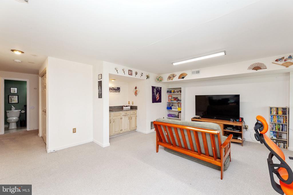 basement - 6407 BRASS BUTTON CT, CENTREVILLE
