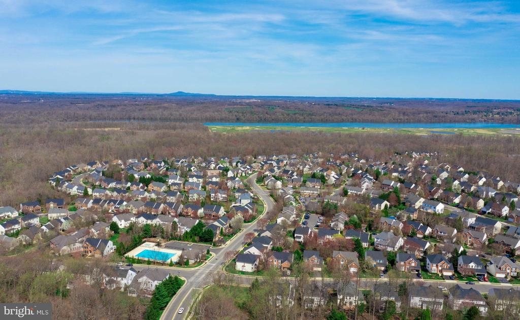 Overview of Rivercrest - from pool to Potomac! - 20443 STONE SKIP WAY, STERLING