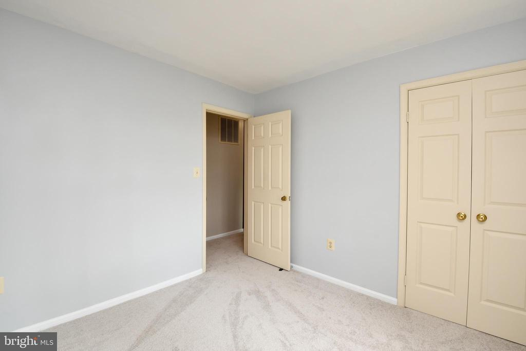 Bedroom 2 - 5316 DUNLEIGH DR, BURKE