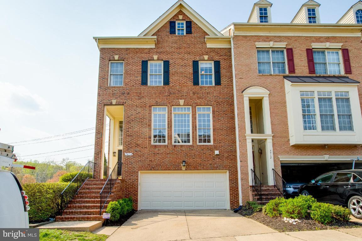 5414 EDSALL RIDGE PLACE, ALEXANDRIA, Virginia 22312, 3 Bedrooms Bedrooms, ,3 BathroomsBathrooms,Residential,For Sale,EDSALL RIDGE,VAFX1192452