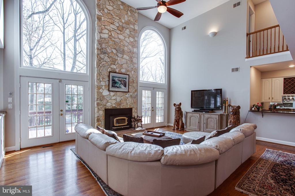 Two-story stone fireplace with heatilator - 847 WHANN AVE, MCLEAN