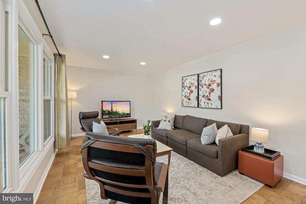 Living Room - 5228 PERTH CT, SPRINGFIELD