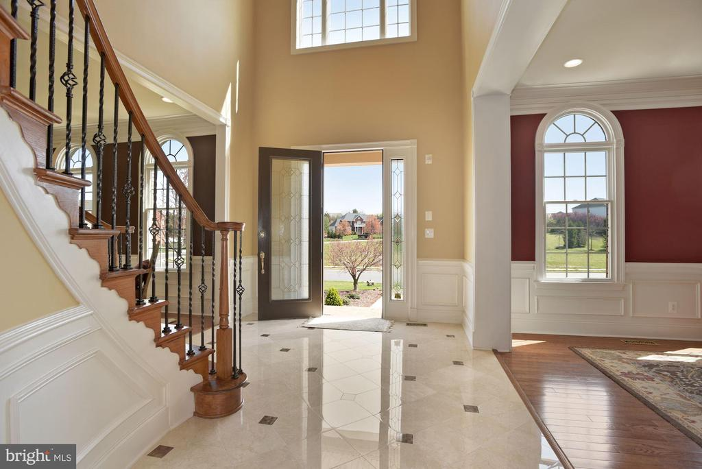 Beautiful Marble Entry & Beveled Glass Front Door - 19979 BELMONT STATION DR, ASHBURN