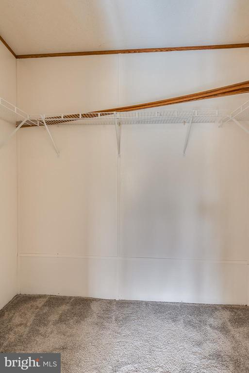 Includes a large walk-in closet - yay storage! - 53 CAMP HILL LN, HARPERS FERRY