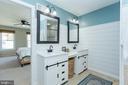 Double vanity - 2 SNOW MEADOW LN, STAFFORD