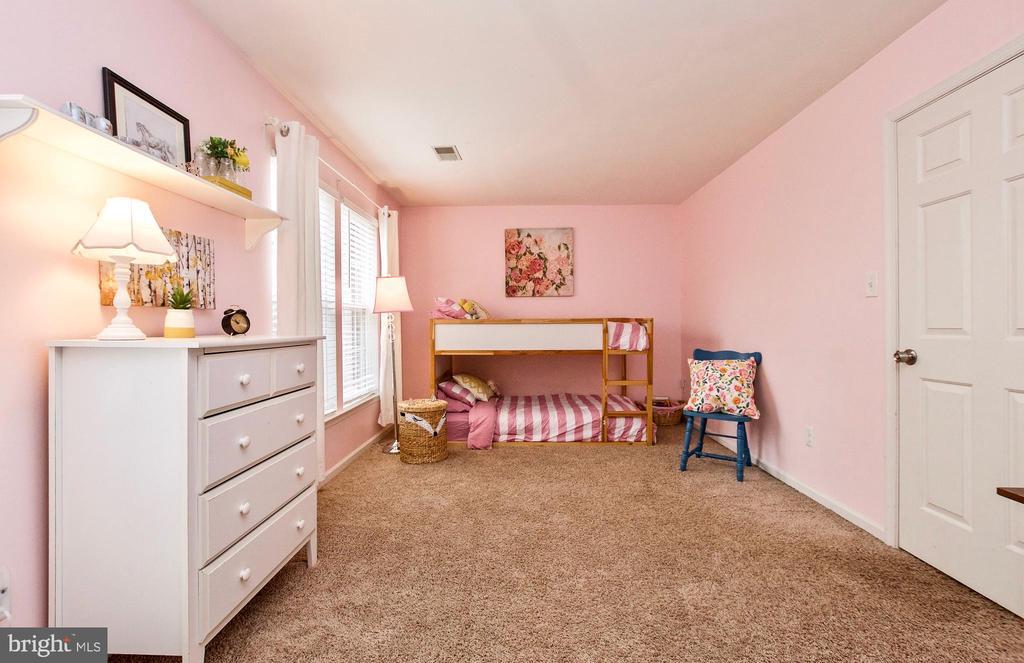 BEDROOM - 20487 MORNINGSIDE TER, STERLING