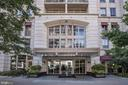 Residence at Liberty Center- Built in 2008 - 888 N QUINCY ST #802, ARLINGTON