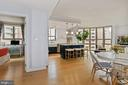Bright and sunny open floor plan - 888 N QUINCY ST #802, ARLINGTON