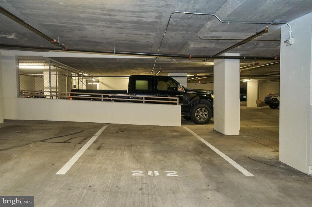 Parking Space 282 - 888 N QUINCY ST #802, ARLINGTON