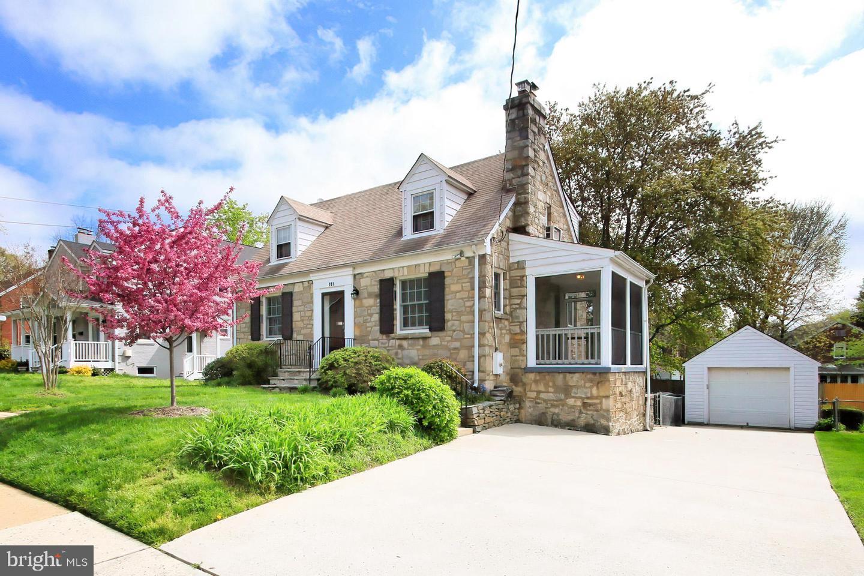 201 ABINGDON STREET, ARLINGTON, Virginia 22204, 4 Bedrooms Bedrooms, ,2 BathroomsBathrooms,Residential,For Sale,ABINGDON,VAAR179316