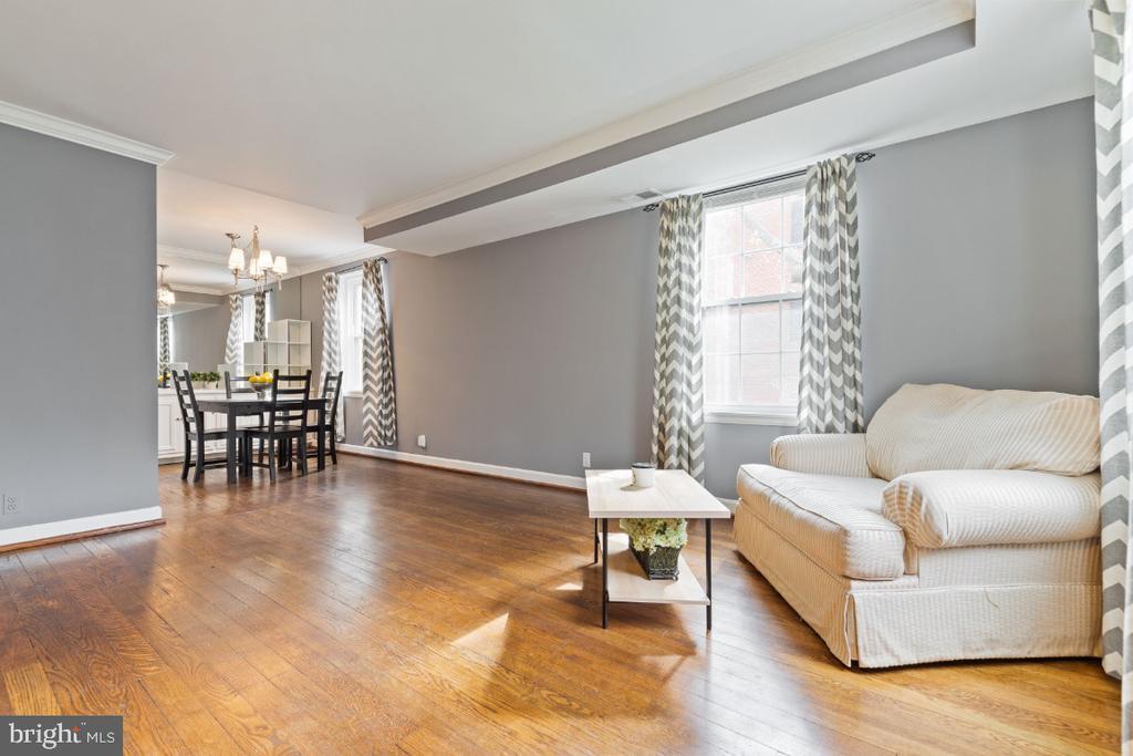 Living Room - 2941 S DINWIDDIE ST, ARLINGTON