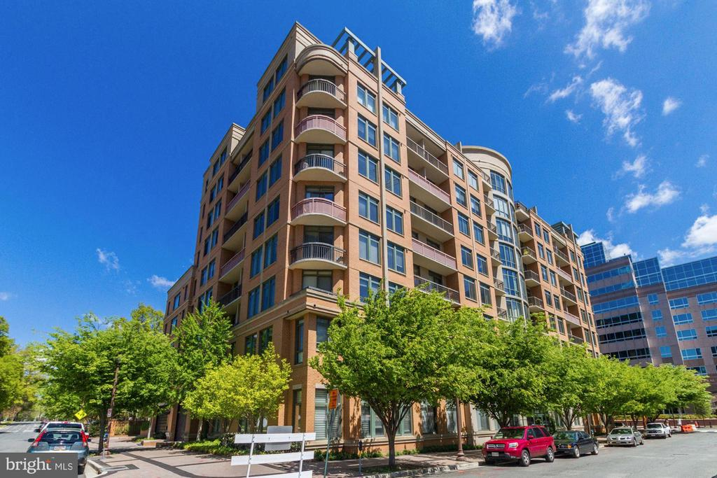 Welcome to The Monroe. - 3625 10TH ST N #903, ARLINGTON