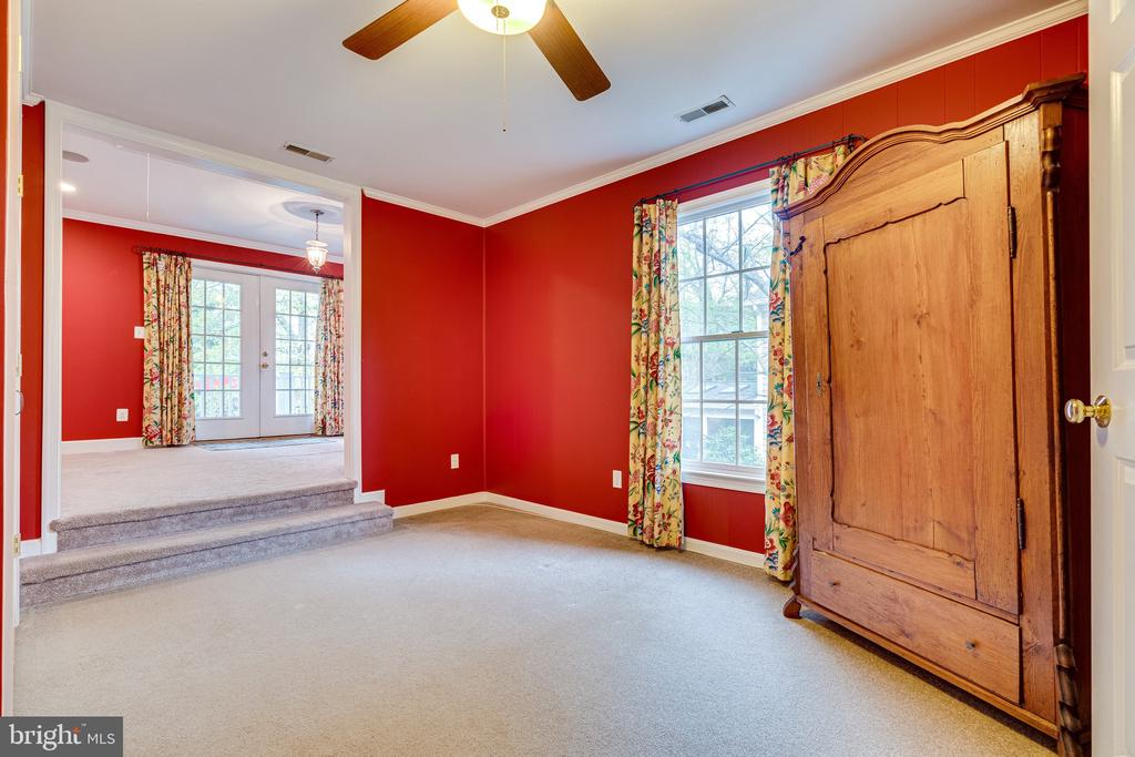 Sitting Room/Office - 2148 LILY POND DR, FALLS CHURCH