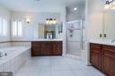 LUXURY BATH WITH SOAKING TUB + SEP SHWR 2 VANITIES - 23002 LOIS LN, BRAMBLETON