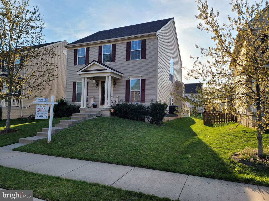 Front of House - 43023 TIPPMAN PL, CHANTILLY