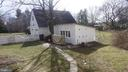 Detached 2 car garage with garden shed - 17411 LAKEFIELD RD, ROUND HILL