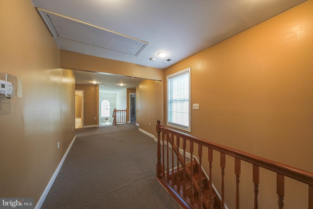 UP STAIRS FOYER - 11505 VEIRS MILL RD, SILVER SPRING