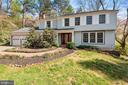Pretty Curb Appeal! Windows are Only 5 Yrs Young! - 11007 HOWLAND DR, RESTON