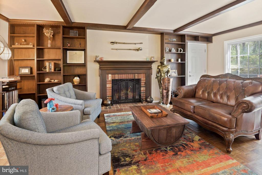 This Room Oozes Character - Handsome Built-Ins! - 11007 HOWLAND DR, RESTON