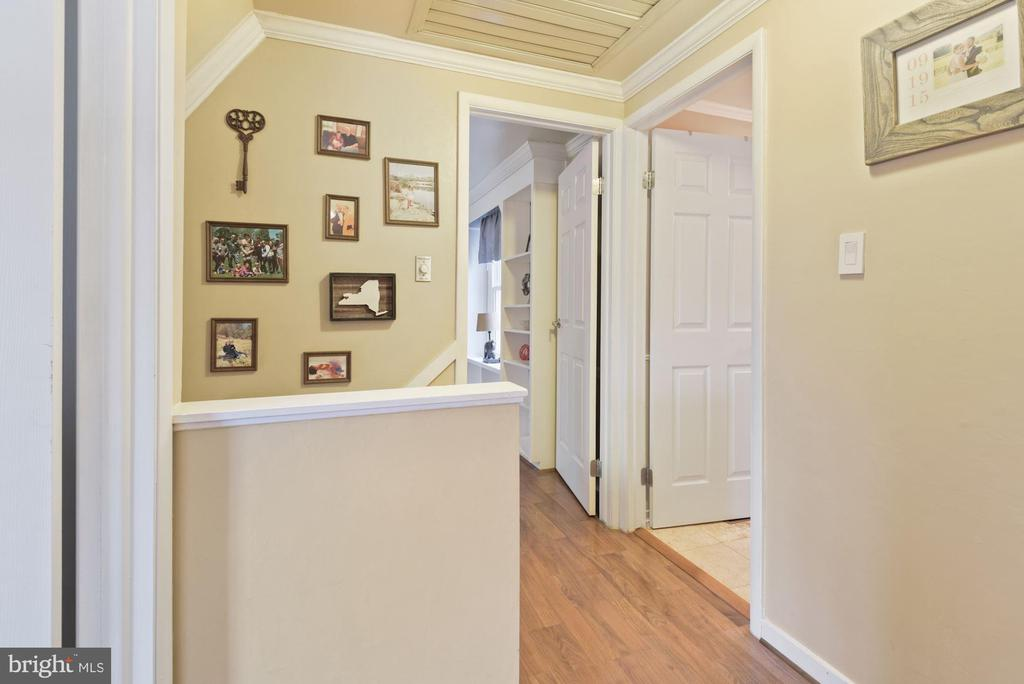 Landing at the Top of the Stairs - 11007 HOWLAND DR, RESTON