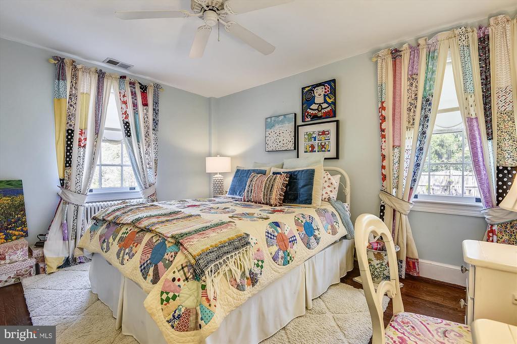 Third bedroom upstairs - 301 W GLENDALE AVE, ALEXANDRIA
