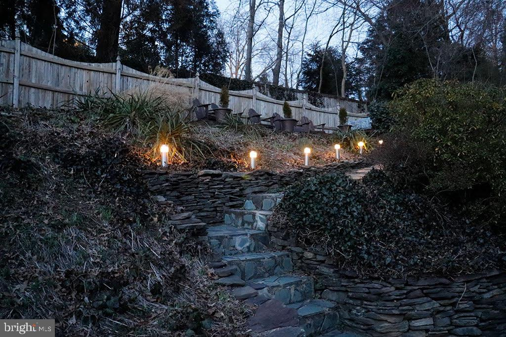 Stone steps lit up at night - 301 W GLENDALE AVE, ALEXANDRIA